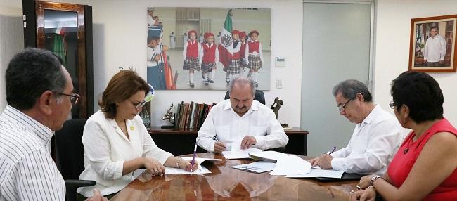 Firman convenio para instalar casillas electorales en escuelas públicas