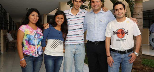 Trabajar con y por los jóvenes es formar ciudadanía responsable: Renán Barrera