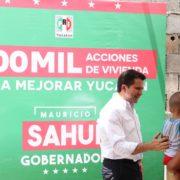 Refrenda Mauricio Sahuí compromiso de más acciones de vivienda