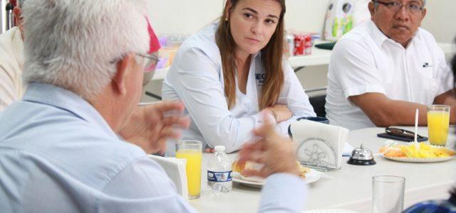 Académicos de la UADY enriquecen propuestas de Cecilia Patrón