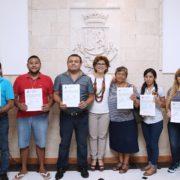 Otorgar certeza jurídica a 177 locatarios del mercado Lucas de Gálvez