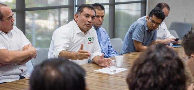 Solicitan a Víctor Caballero trasformar a Mérida en ciudad digital