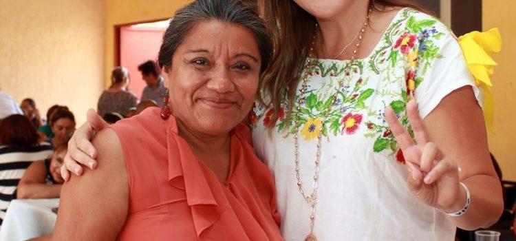 Reafirma su compromiso Cecilia Patrón de impulsar la educación