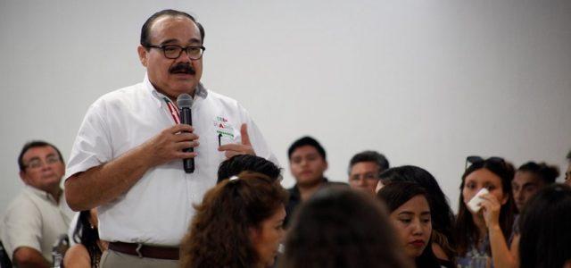 Mejores salarios para los maestros, compromiso de Ramírez Marín