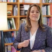 Renuncia Margarita Zavala a candidatura