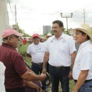Redoblar esfuerzos para avanzar juntos en Akil: Canul Pérez