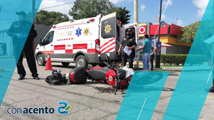Photo of Motociclista se estampa y manda a su mamá al hospital