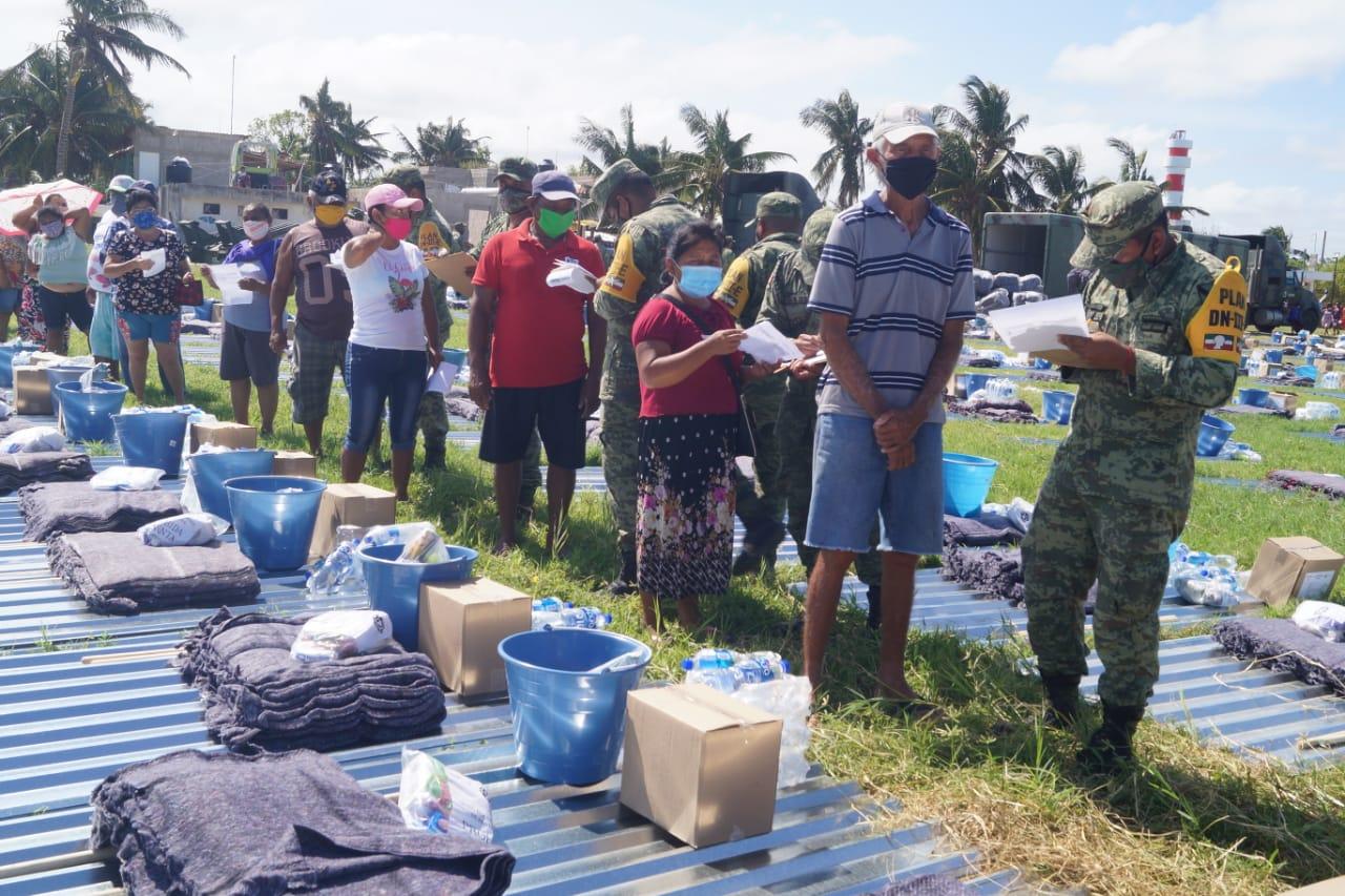 Photo of Familias damnificadas por el Huracán Delta de las comisarías de Mérida y de Tizimín siguen el apoyo del Fonden