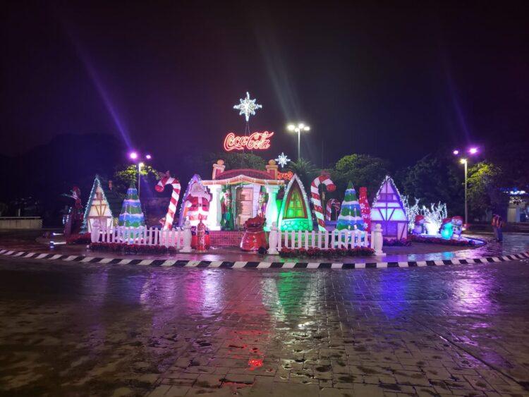 Photo of Empresas se unen al decorado navideño en diferentes puntos de la ciudad
