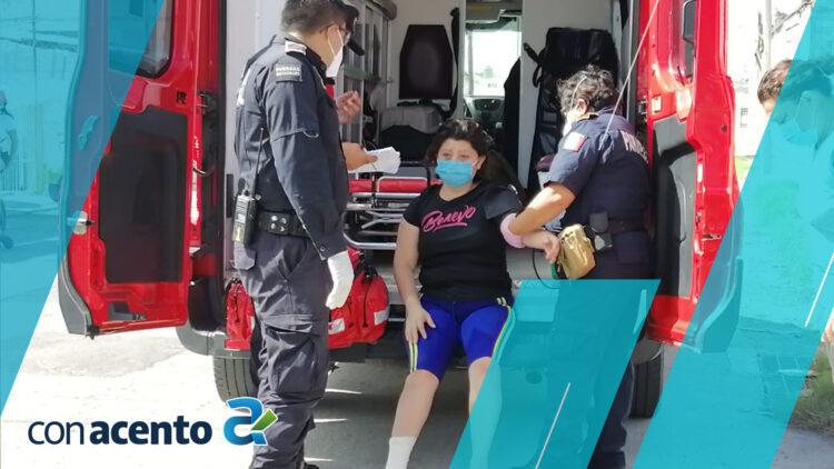 Photo of Chocan a mujer en moto, el conductor escapó