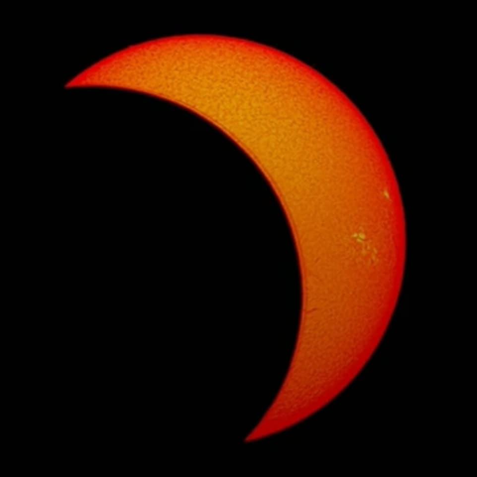 Photo of Así se vio el increíble eclipse de Sol con el que cierra el 2020