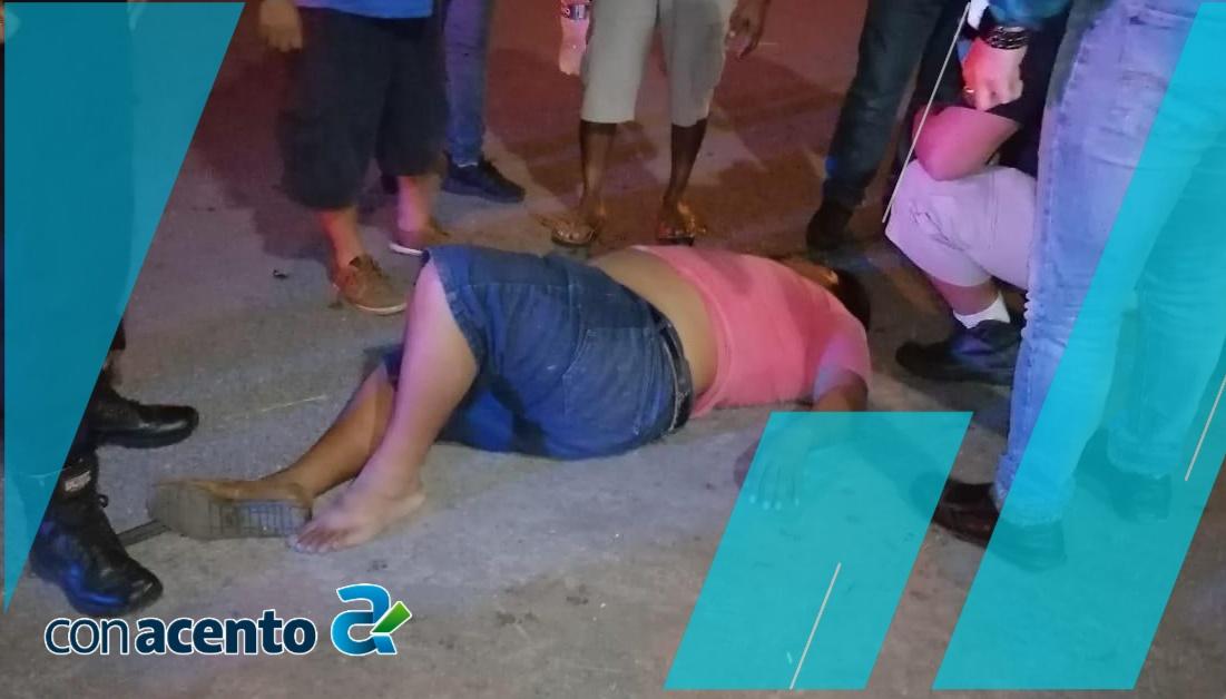 Photo of Automovilista se vuela el alto e impacta a una moto en Cinco Colonias