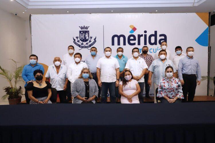 Photo of De la mano de los trabajadores, el Ayuntamiento construye la Mérida de 10