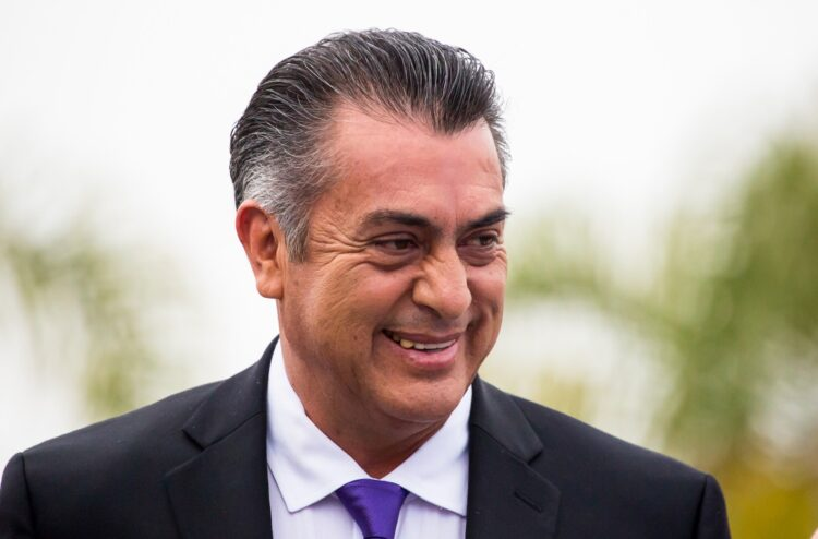 Photo of «El Bronco» nuevamente causa polémica