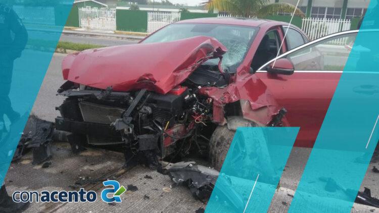 Photo of Fuerte choque en la Chicxulub- Progreso; conductor huye