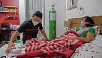 Photo of Médico lleva a su madre con Covid-19 a casa, por saturación de hospitales