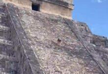 Photo of Mujer que subió a la pirámide de Kukulcán recibiría una multa de 100 salarios mínimos