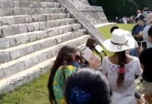 Photo of INAH cita a comparecer a turista que subió al Castillo de Chichén Itzá
