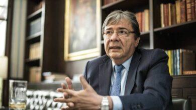 Photo of Fallece el ministro de Defensa de Colombia por Covid-19