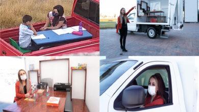 Photo of Le regalan camioneta a maestra para que continúe educando