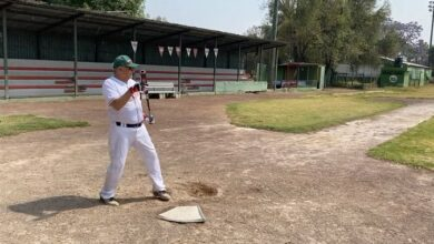 Photo of AMLO se «escapa» para ir a practicar beisbol tras Covid-19