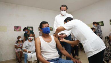Photo of Adultos mayores de Hunucmá, Akil y Río Lagartos reciben vacuna