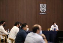 Photo of Vila se reúne con restauranteros, quienes están de acuerdo con las medidas contra el Covid
