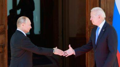 Photo of Vladimir Putin y Joe Biden estrechan la mano en Ginebra