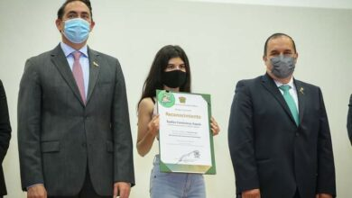 Photo of Sharon Hernández, estudiante de la UAEMéx desarrolla toalla femenina biodegradable