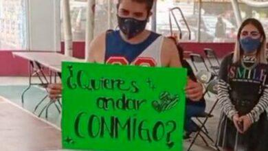 Photo of Le pide que sea su novio en plena vacunación en Neza