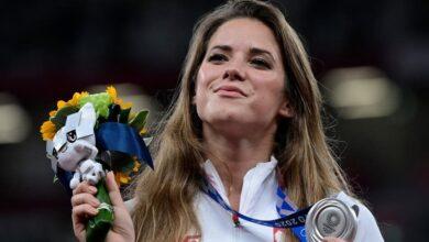 Photo of Atleta polaca vende su medalla olímpica de Tokyo 2020 para pagar cirugía a un bebé