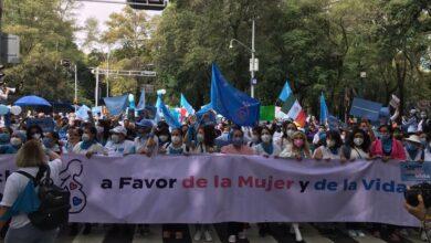 Photo of Manifestantes Provida marchan por la mujer y la vida